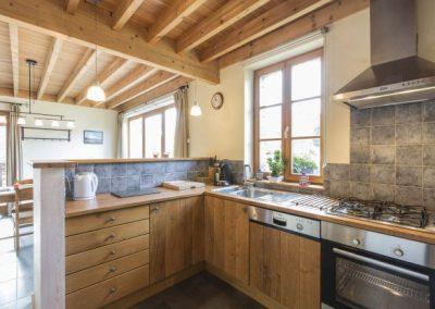 Maison_Fiche-Vakantiehuizen-106100-01-Bertrix-keuken-1200203-1L[1]